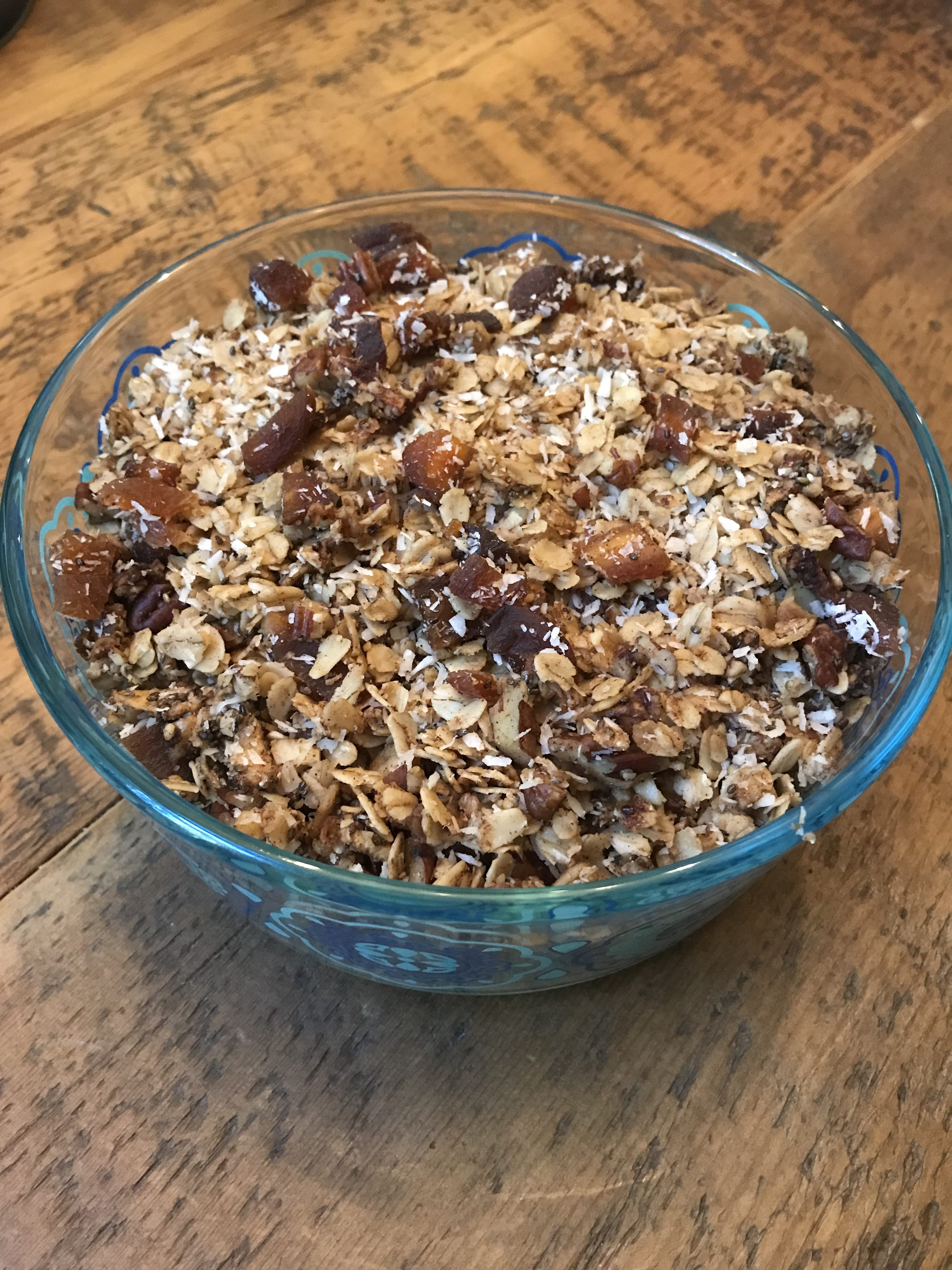 Cinnamon Apple Apricot Granola